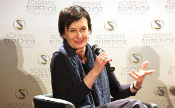 Cornelia Vospernik beim ersten ACADEMIA SUPERIOR DIALOG