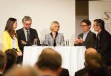 On the podium: Elisabeth Eidenberger (OÖN), Michael Strugl (Academia Superior), Brigitte Haider (Oberbank), Wolfgang Güttel (JKU), Thomas Windischbauer (Silhouette)