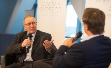 Konrad Paul Liessmann und Markus Hengstschläger im DIALOG