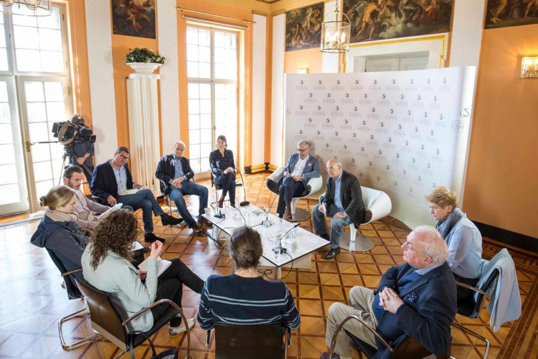 Diskussionen am Sonntag beim Symposium 2017