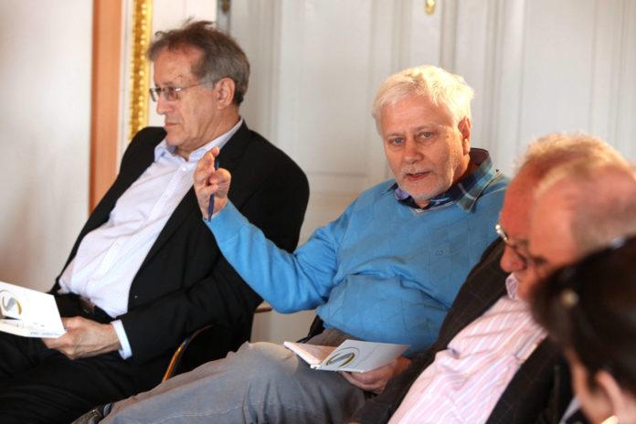 Friedrich Schneider beim Symposium 2012