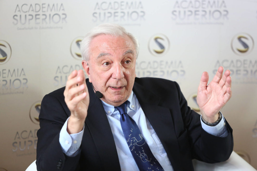 John L. Casti beim Symposium 2014