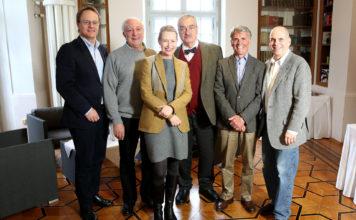 Gruppenfoto der Experten beim Symposium 2014