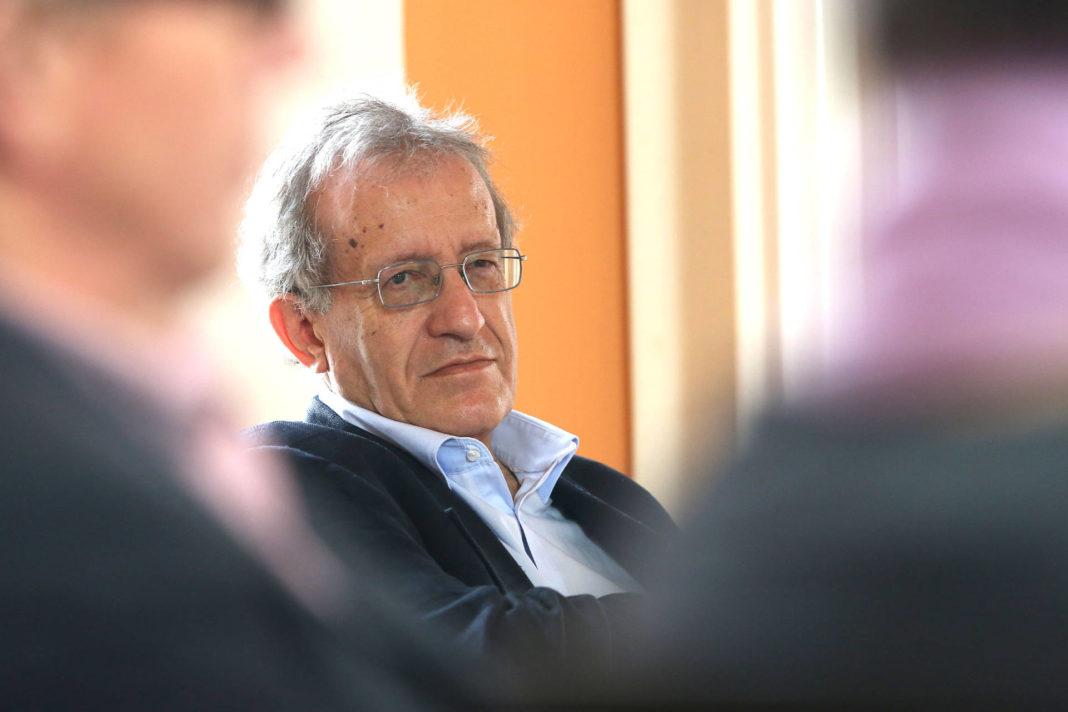 Helmut Kramer beim Symposium 2015