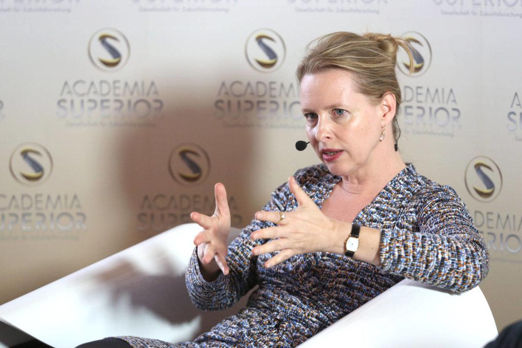 Eva Horn beim Symposium 2014