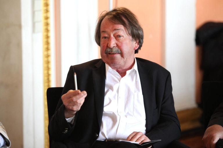 Univ.-Prof. i.R. Dr. Peter Kampits