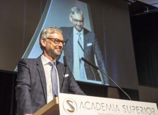 Picture 2 - ACADEMIA-SUPERIOR-President Landesrat Dr. Michael Strugl