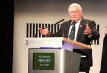 Lech Walesa beim Symposium 2016