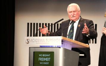 Lech Walesa at the Symposium 2016