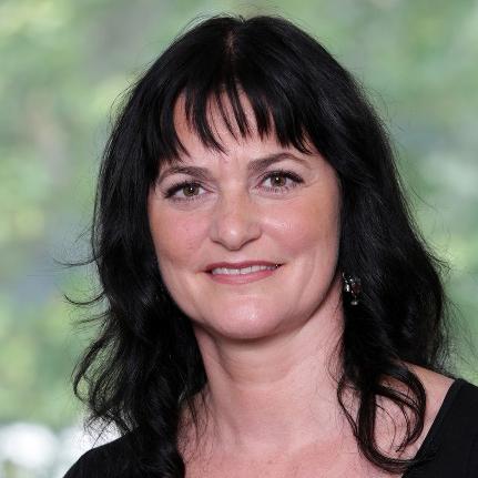 Prim. Univ.-Prof. Dr. Petra Apfalter