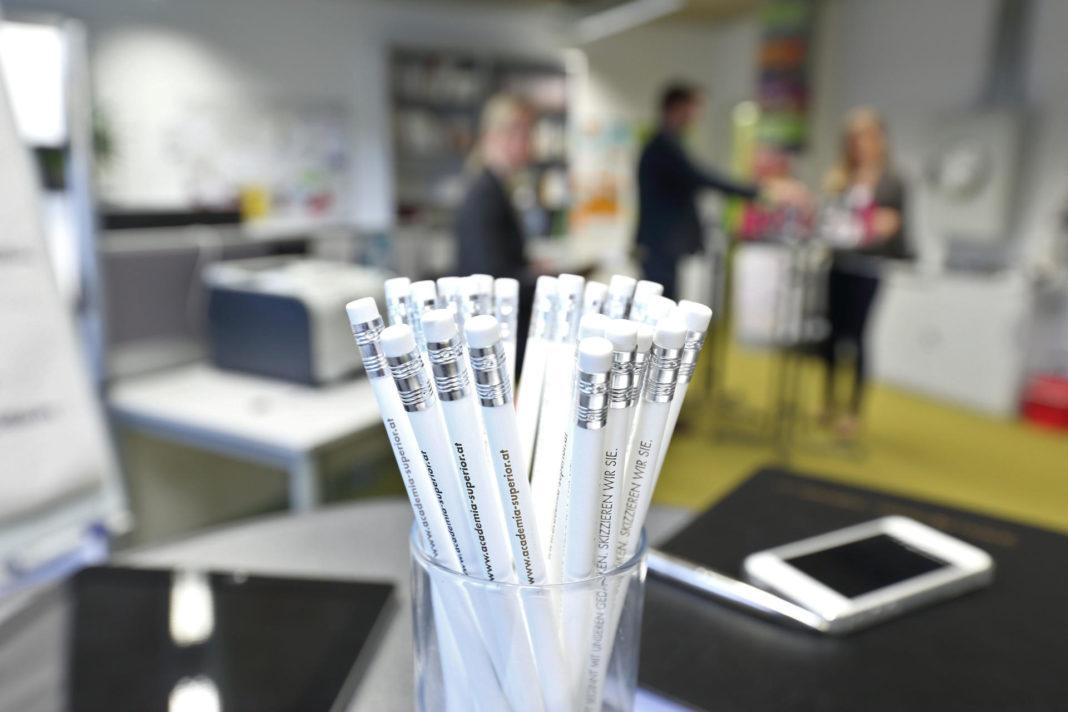 Bleistifte im Büro