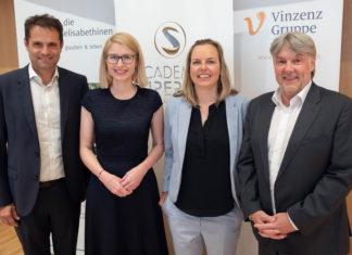 Foto 1: v.l.n.r.: Dr. Michael Heinisch (Vinzenz Gruppe), LH-Stv. Mag. Christine Haberlander (ACADEMIA SUPERIOR), Dr. Eva-Maria Kirchberger (Imperial College), Mag. Raimund Kaplinger (die elisabethinen linz-wien).