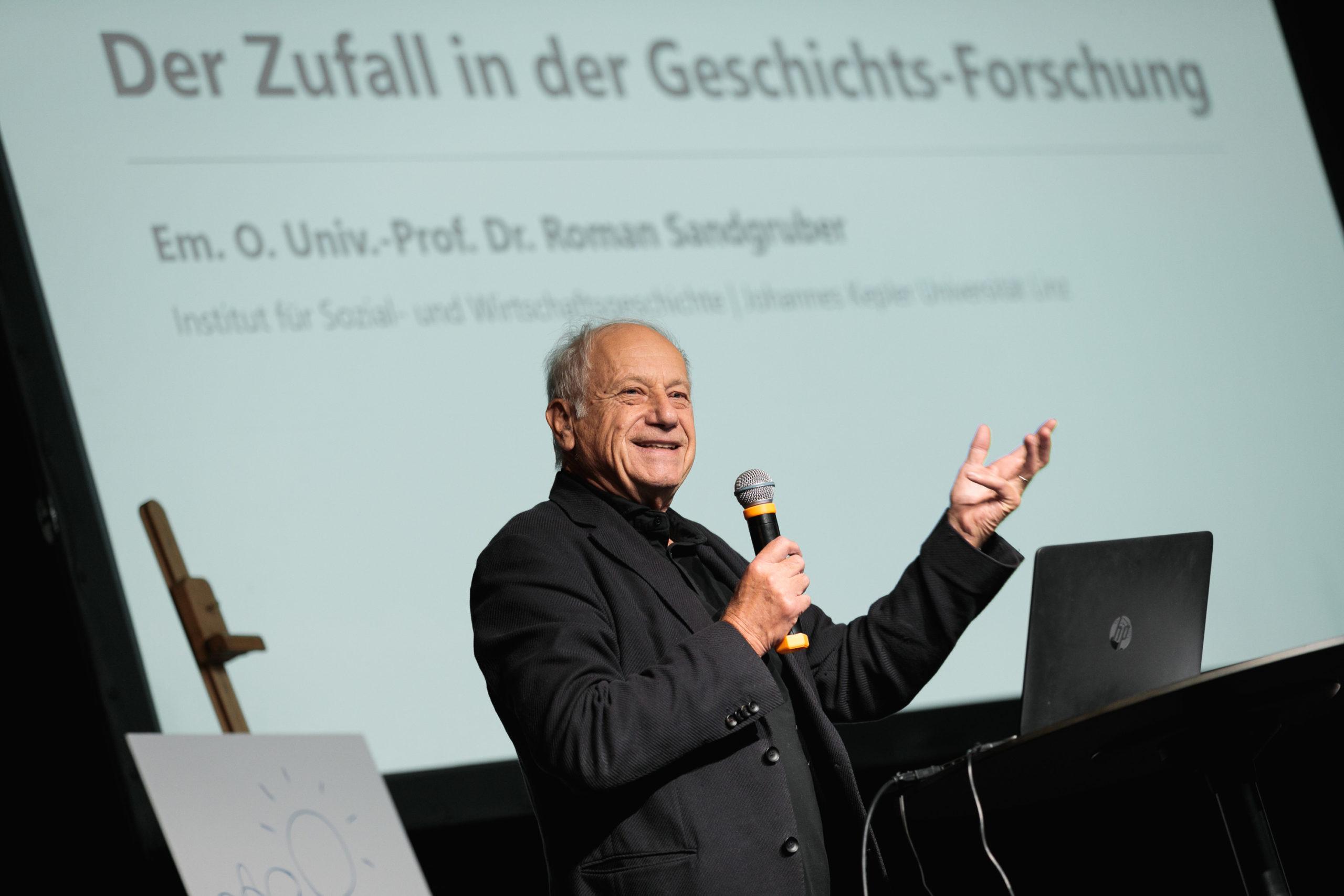 Foto 4: em. o. Univ.-Prof. Dr. Roman Sandgruber, Foto: vog.photo